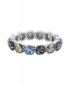 Lola and Grace Square Solitaire 5182832